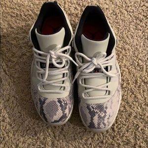 Jordan Shoes - Air Jordan Retro 11